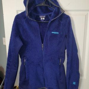 Patagoina R2 hooded fleece jacket